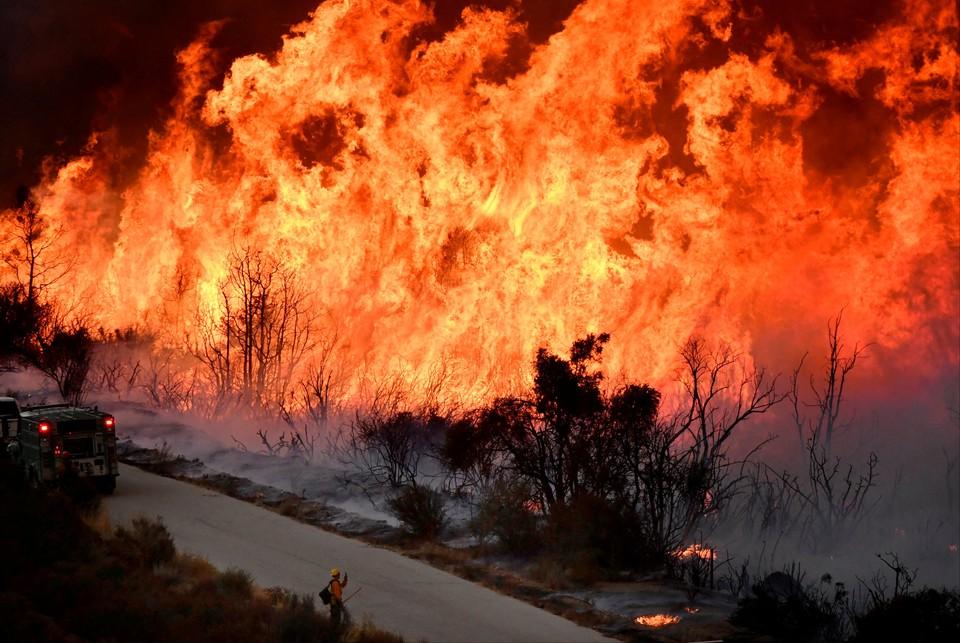 Территория штата охвачена огнем