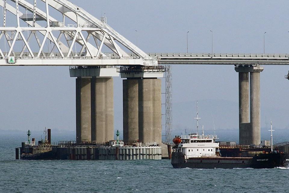 Крымский мост не снизил пропускную способность Керченского пролива