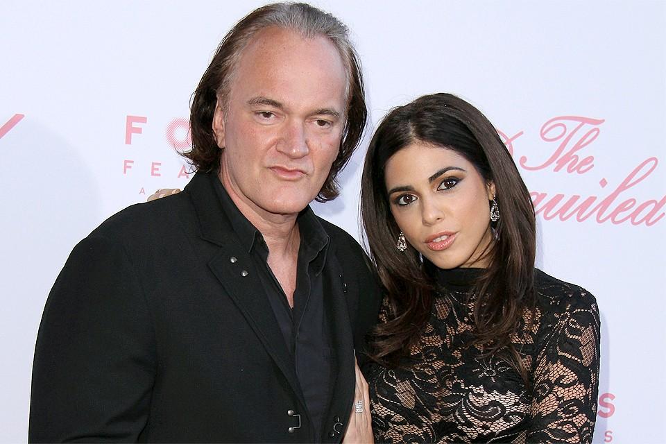 Квентин Тарантино и Динаэла Пик оформили свои отношения, став мужем и женой.