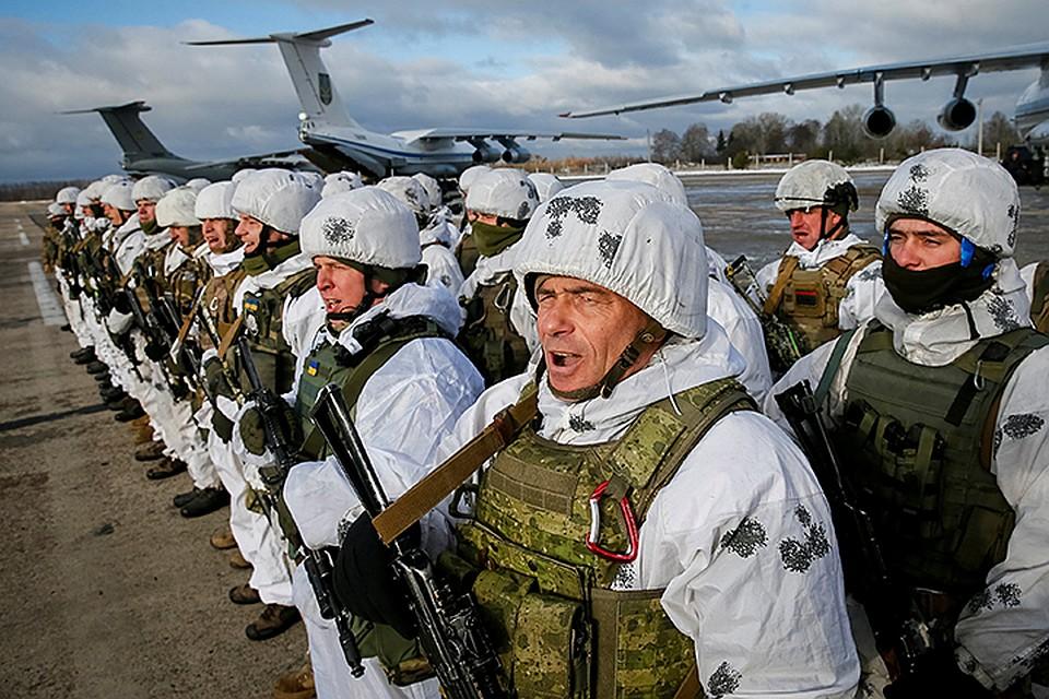 Больших провокаций с украинской стороны пока не было. А без провокаций они не начнут