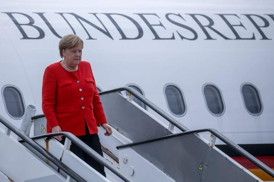 Канцлер ФРГ Ангела Меркель из-за поломки правительственного лайнера пропустила первый день саммита G20