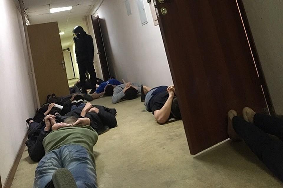 В московском вузе прошли обыски Фото: СОЦСЕТИ