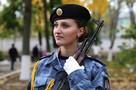 Девушка-курсант Академии МВД Молдовы задержала в маршрутке карманника, который вытащил у пенсионера из кармана 1000 леев
