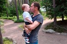 «Она ничего не знает о нем, ей наплевать»: Жена забрала у Александра Кержакова ребенка