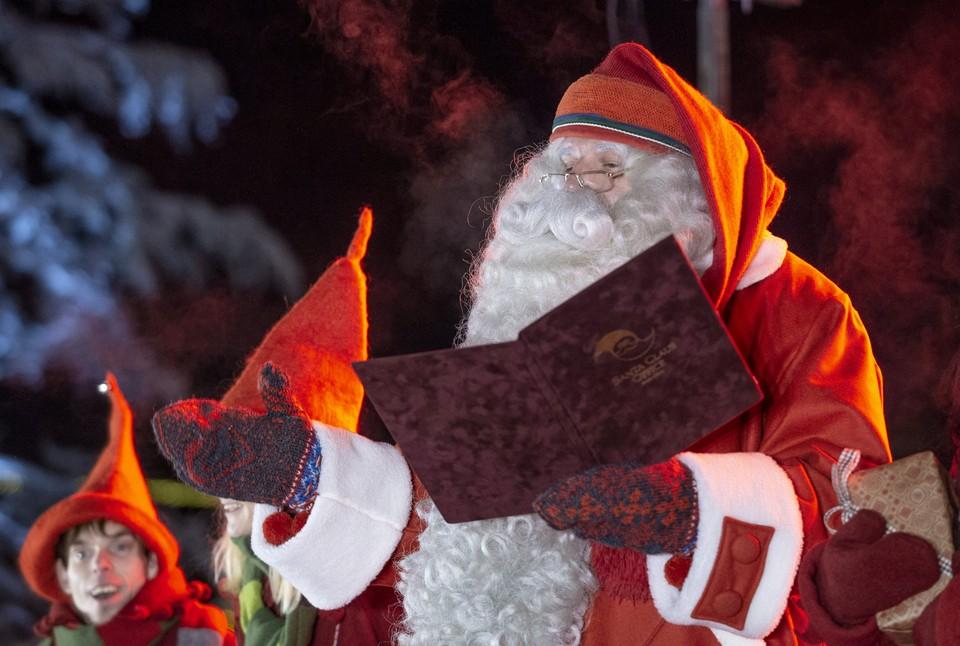 В Финляндии Санта-Клауса превысил скорость, чтобы успеть доставить подарки детям на Рождество