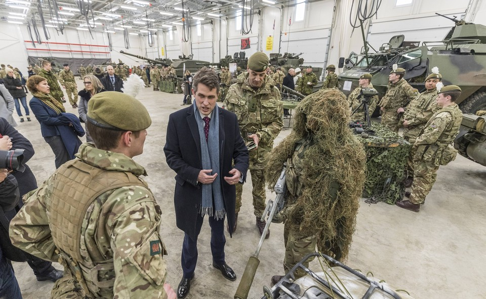 Министр обороны Великобритании Гэвин Уильямсон в Эстонии
