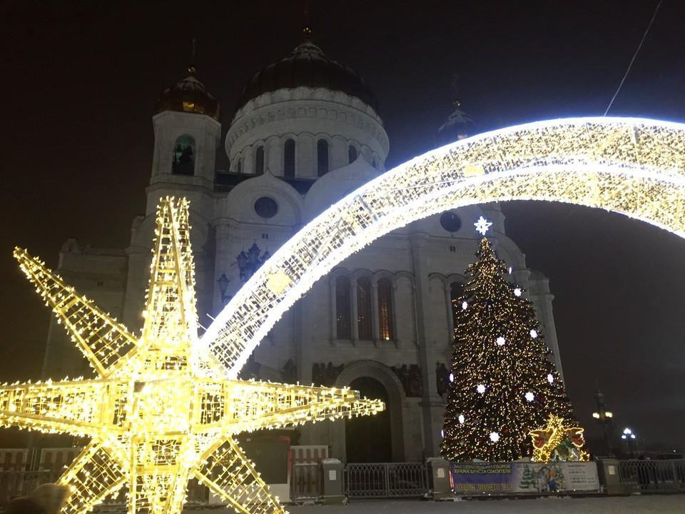 Есть у Патриарха Кирилла одна традиция: каждое 31-е декабря он едет вечером в храм Христа Спасителя, где совершает новогодний молебен.
