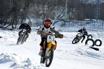 Глава Владивостока примет участие в ледовых мотогонках