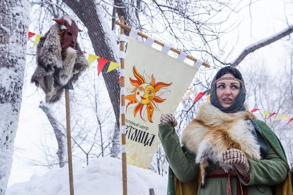 """На фестивале """"Славянская зима"""" знакомят с традиционными русскими забавами"""
