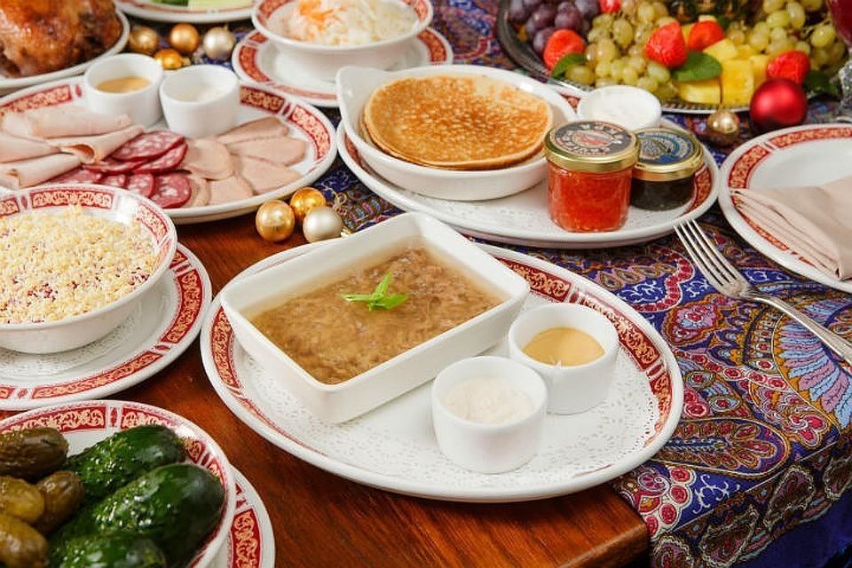 Иностранцам расскажут, что русская кухня - это не только икра и водка. Фото предоставлено Stroganoff Group