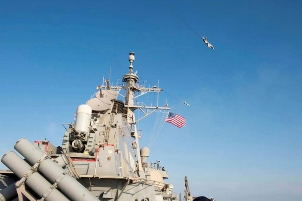 Американский эсминец Donald Cook зашел в акваторию Черного моря 19 января в 20:50 мск