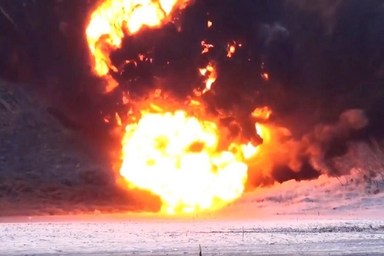 В масштабном взрыве существенно расширившем канал было использовано более 50 тонн взрывчатки