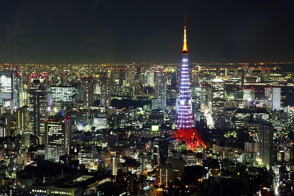 Tеперь любить Америку немодно. Новое поколение любит Японию. Сказочно прекрасную и сказочно дорогую страну, которая не отвечает нам взаимностью