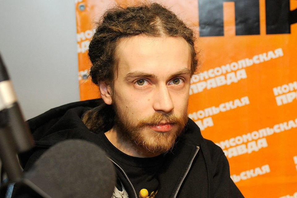 "Кирилл Толмацкий (""Дэцл"") на радио КП, 2010 год."