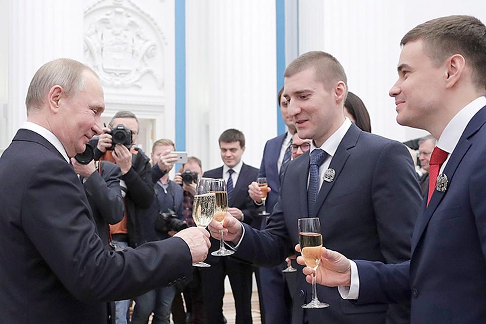 Владимир Путин вручает эту премию уже много лет. Фото: Михаил Метцель/ТАСС