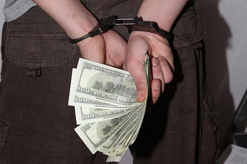 Доносчик, который сообщил о том, что прокурор требует у него деньги, в итоге сам оказался за решеткой