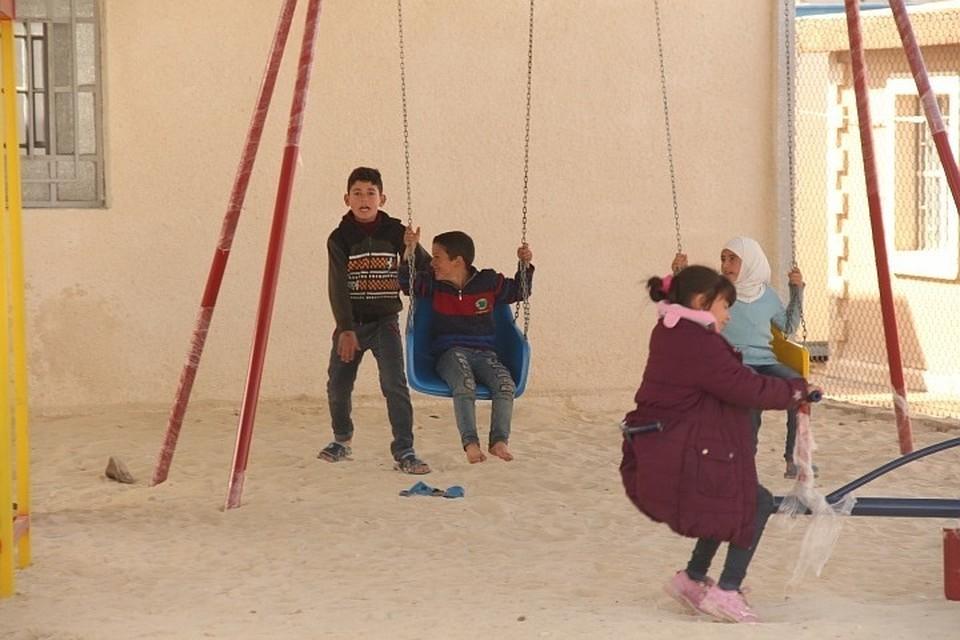 Власти Сирии заявили о готовности к приему беженцев из лагеря «Рукбан»