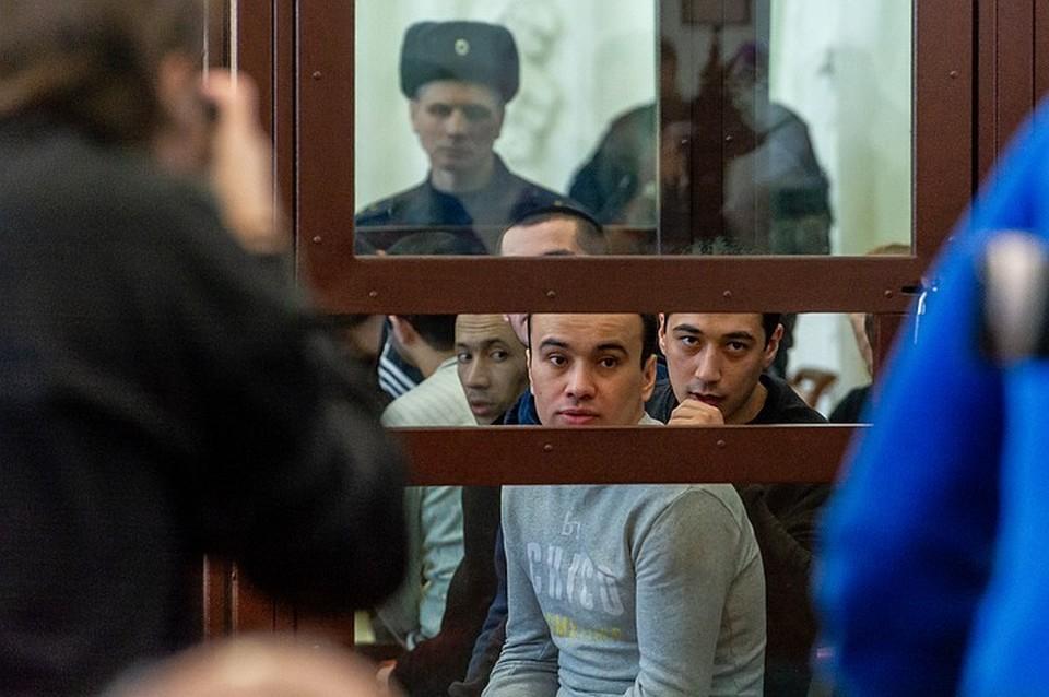 На скамье подсудимых – одиннадцать человек