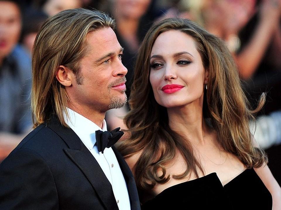 Анджелина считает, что жертвовала своей карьерой, чтобы Брэд мог заниматься проектами, которые ему были интересны.