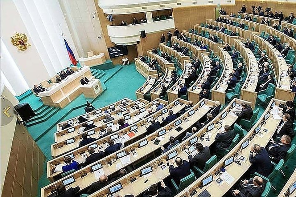 В Совфеде новые торговые санкции Украины против России связали с президентскими выборами
