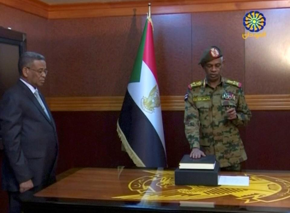 Глава Военного совета страны Авад бен Ауф
