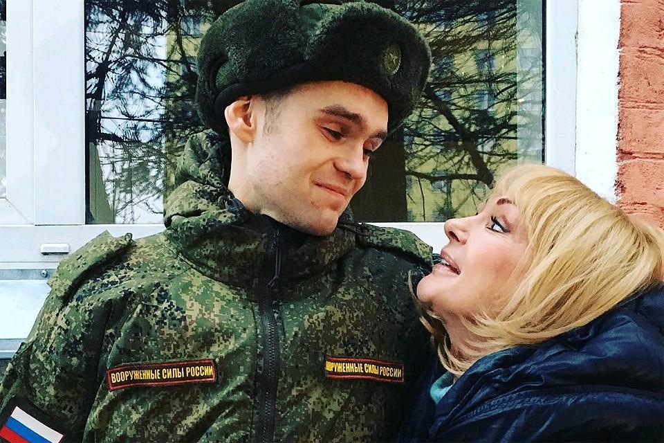 Ирина Цывина с сыном.