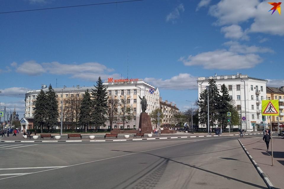 Площадь Ленина. Апрель 2019 года.