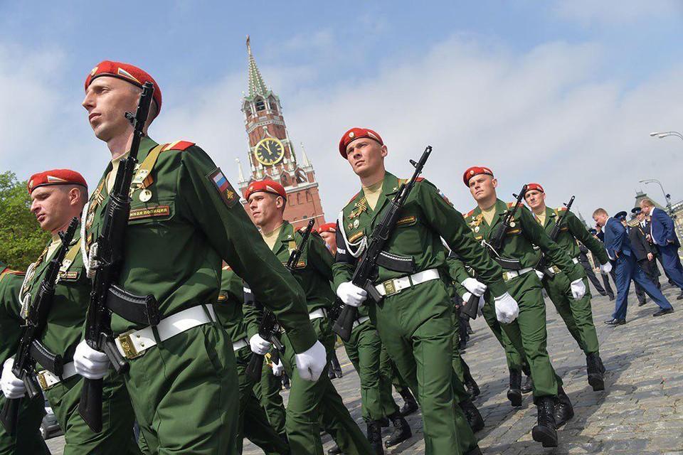 13 600 человек, 130 единиц техники: В Москве прошел Парад Победы