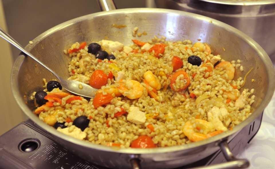 Каши с овощами - полезные сложные углеводы и витамины.