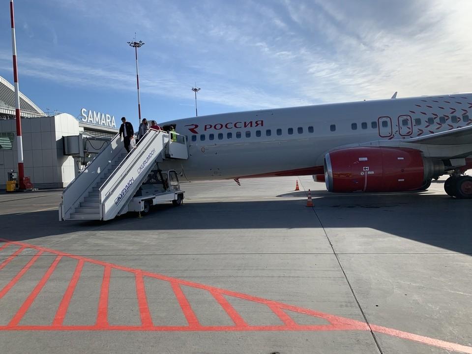 В Самаре самолет приземлился уже утром. Фото: Александр Семкин