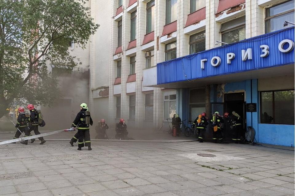 Пожар на «Горизонте» в Минске: эвакуированы 78 человек. Фото: @_sergeiss