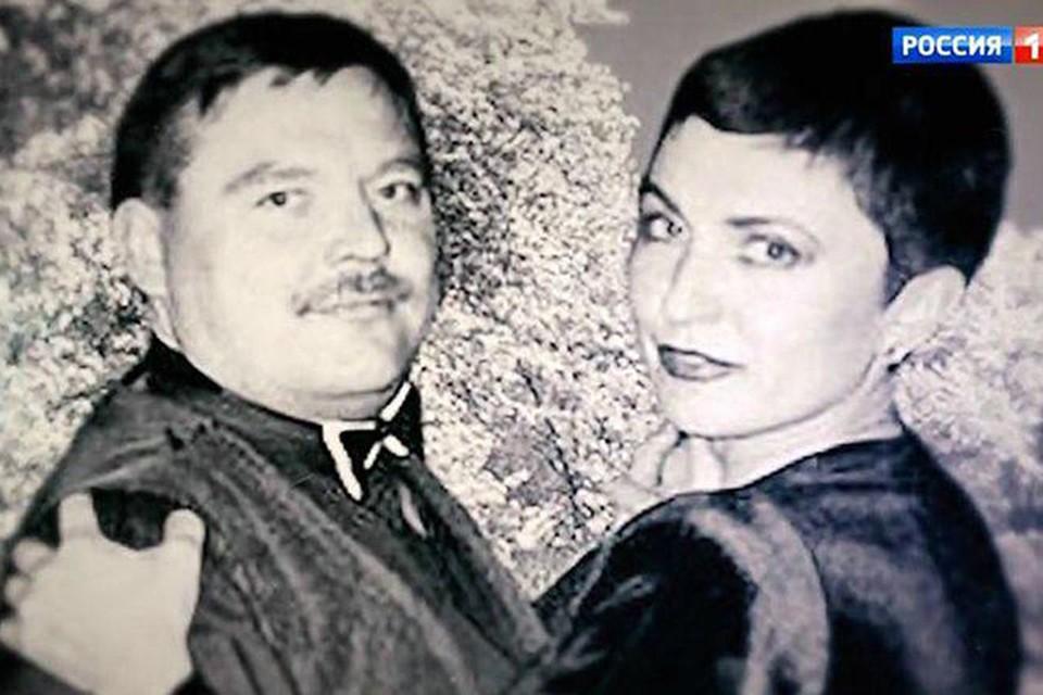 Марина познакомилась с Михаилом, когда ей было 14 лет, а ему - 15