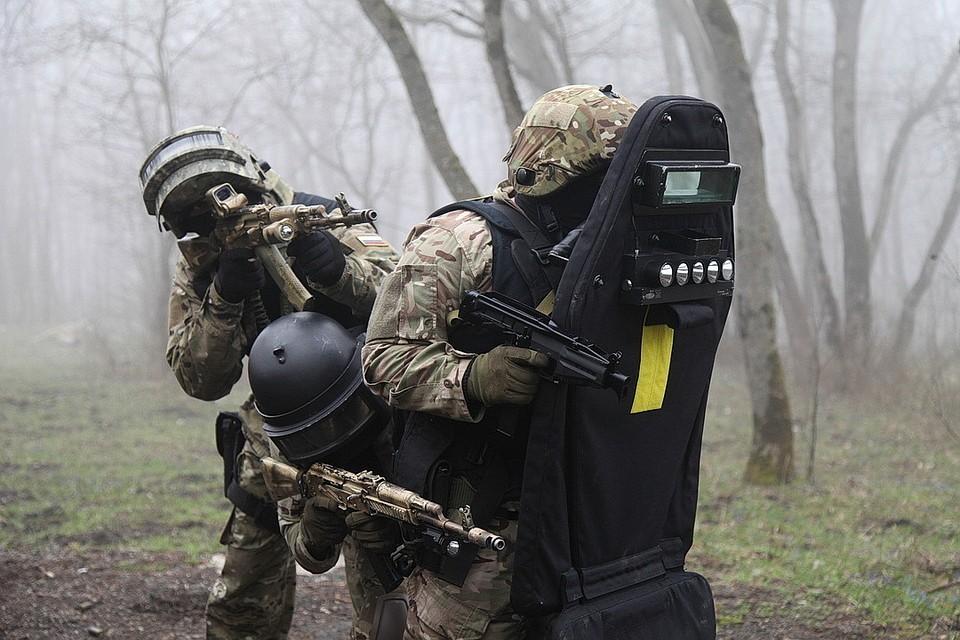 В Дагестане попала на видео ликвидация трех вооруженных террористов