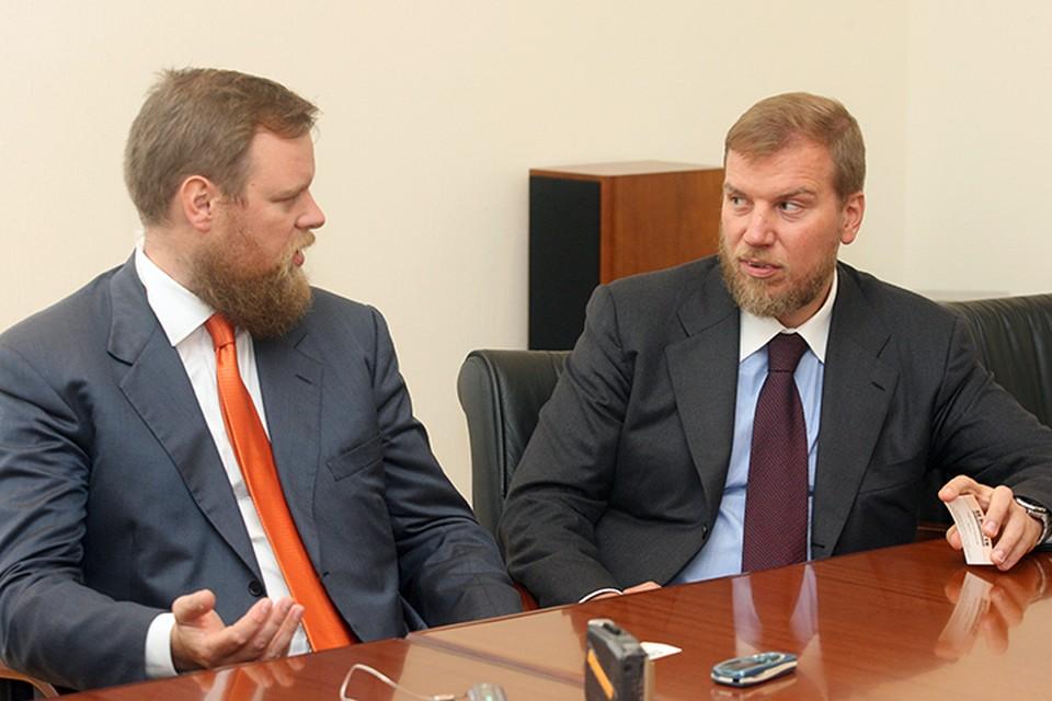 Арбитражный суд Москвы арестовал имущество беглых банкиров, братьев Ананьевых