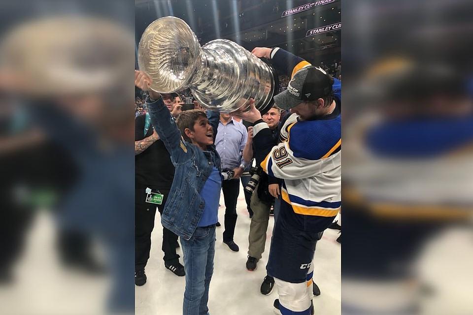 «Он был на уколах, скрывал боль в плече»: Владимир Тарасенко выиграл Кубок Стэнли