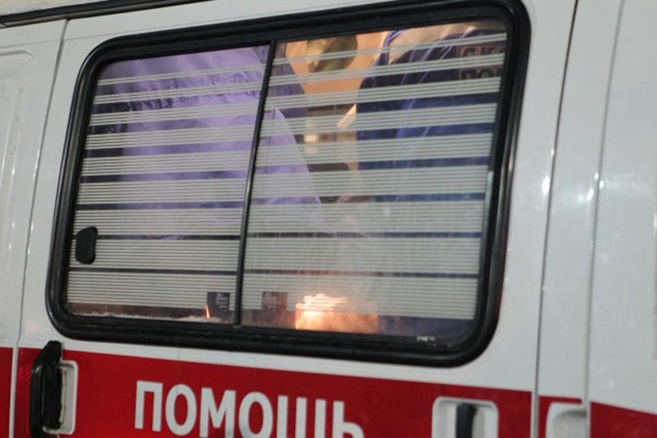 Двух пострадавших передали медикам «Скорой помощи»