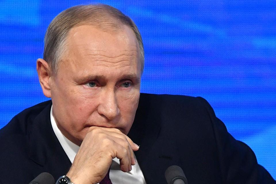 Президент России Владимир Путин заявил, что с 1 октября военным пенсионерам повысят пенсии на 4,3%