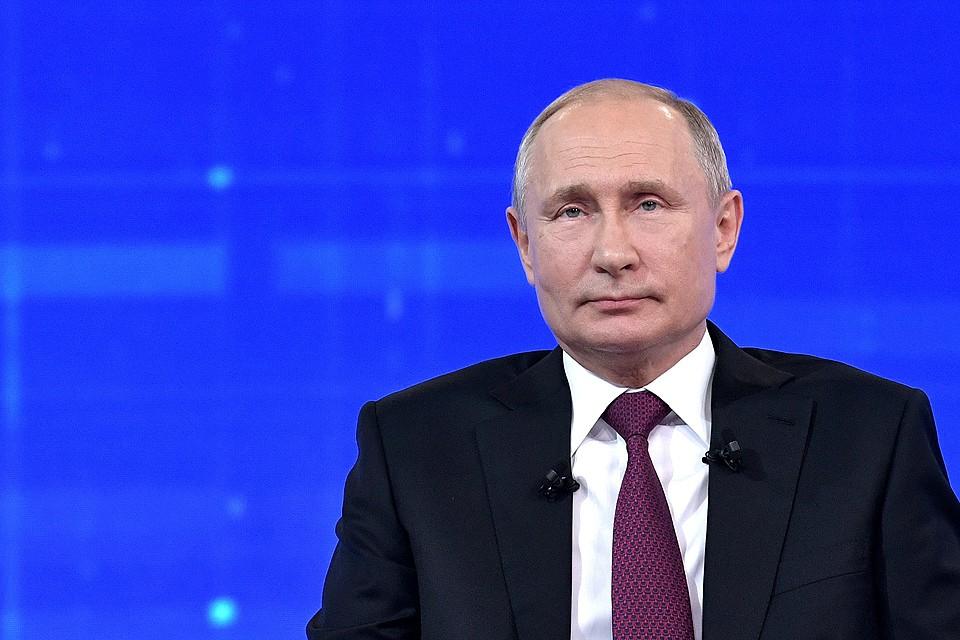 Путин прокомментировал количество своих часов налета с 2012 года