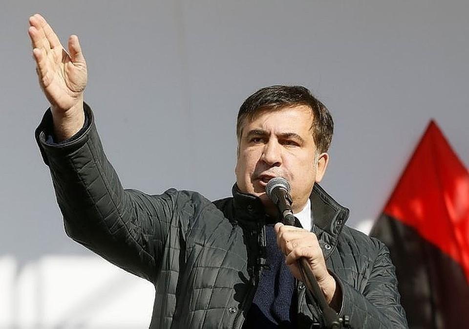 Суд в Киеве разрешил Саакашвили принимать участие в выборах в Раду