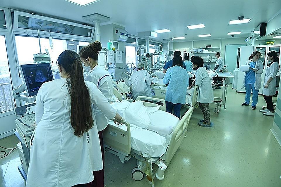 Картинки по запросу транспортировка туристов в больницу турция фото