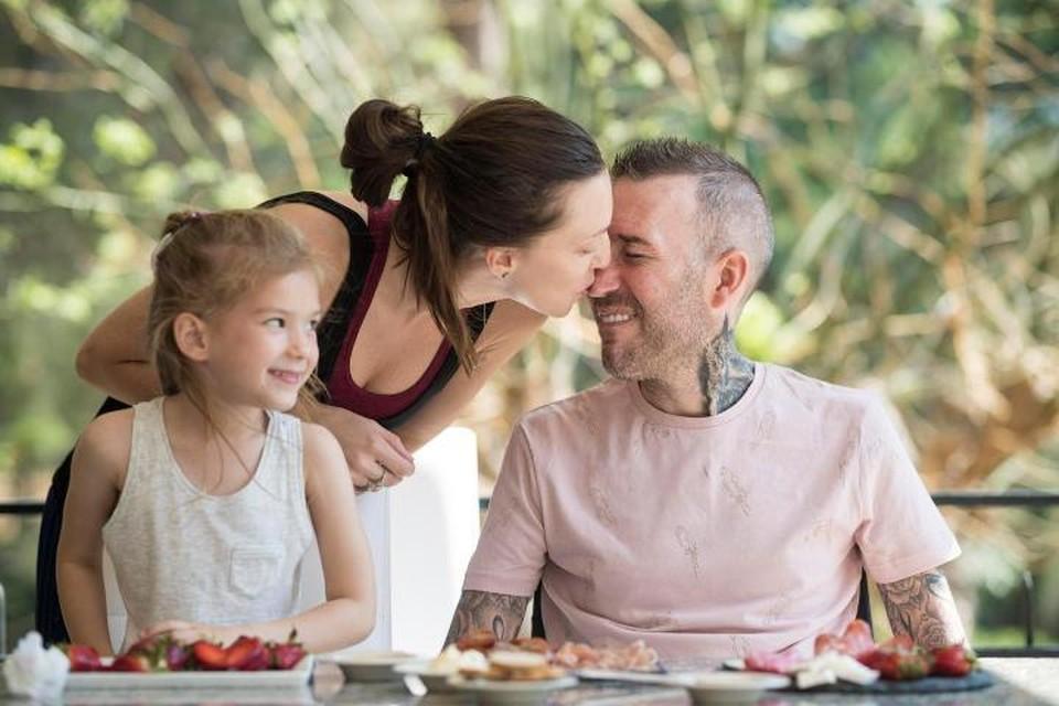Больше всего Вероника боится, что дочка вскоре останется без папы