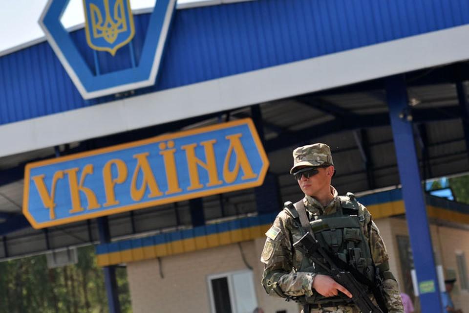 Украина решила усилить контроль на границе с Крымом. Что это значит?