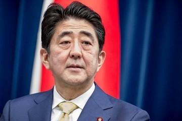 Премьер Японии намерен заключить мирный договор с Россией до 2021 года