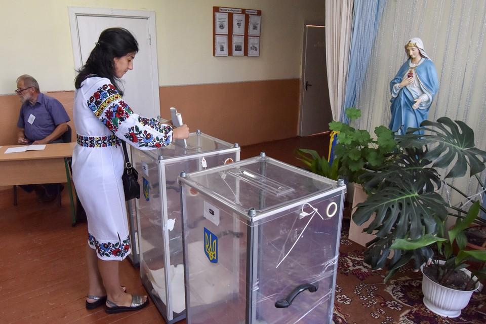 На Украине избирают новый парламент