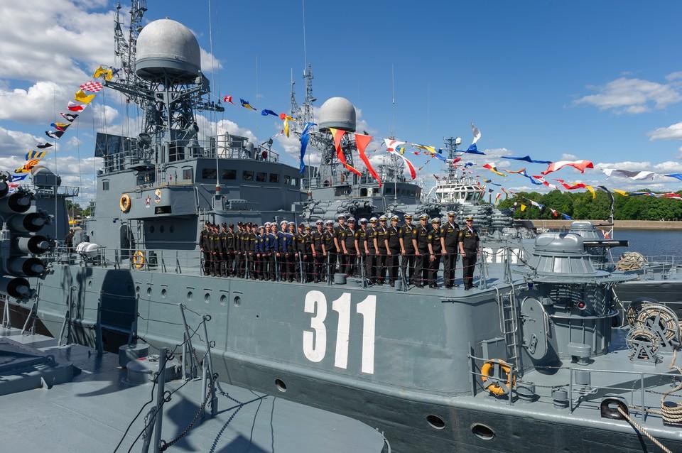 """МПК """"Казанец"""" 28 июля 2019 года примет участие в параде в честь Дня ВМФ в акватории Кронштадтского рейда."""