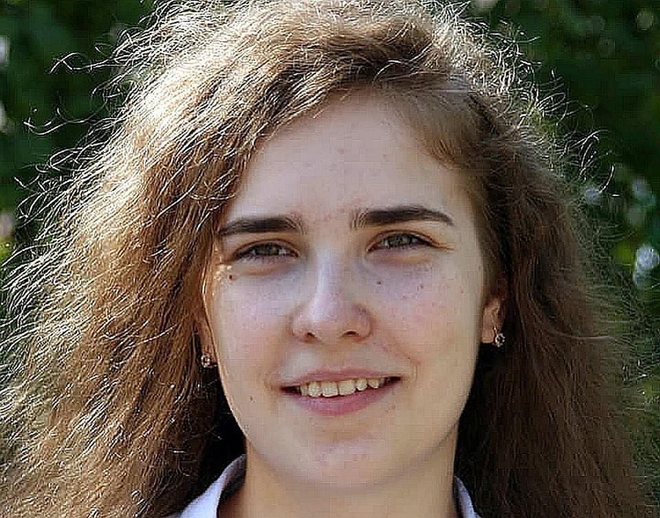 Даша Шопина никогда не убегала из дома и росла в счастливой семье