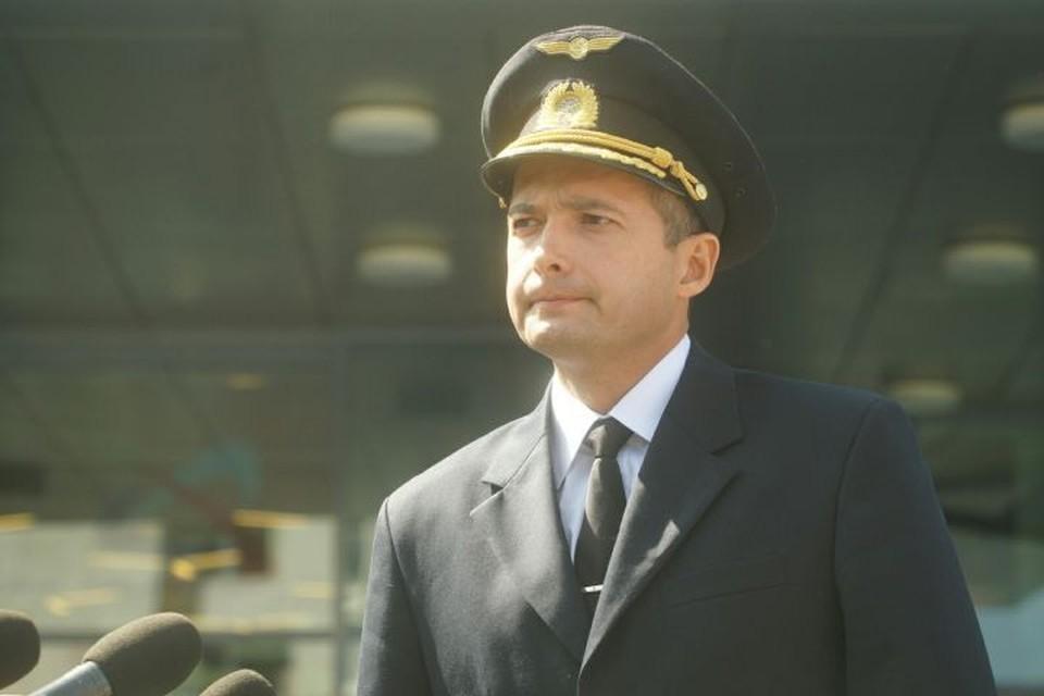 Пилот Дамир Юсупов немногословен и даже очень скромен.