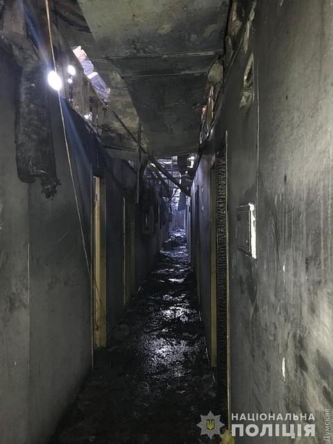 Ужасное видео (18+), снятое постояльцем гостиницы, сгоревшей в Одессе, где погибли 8 человек: Возможно поджигатель кого-то убил и заметал следы