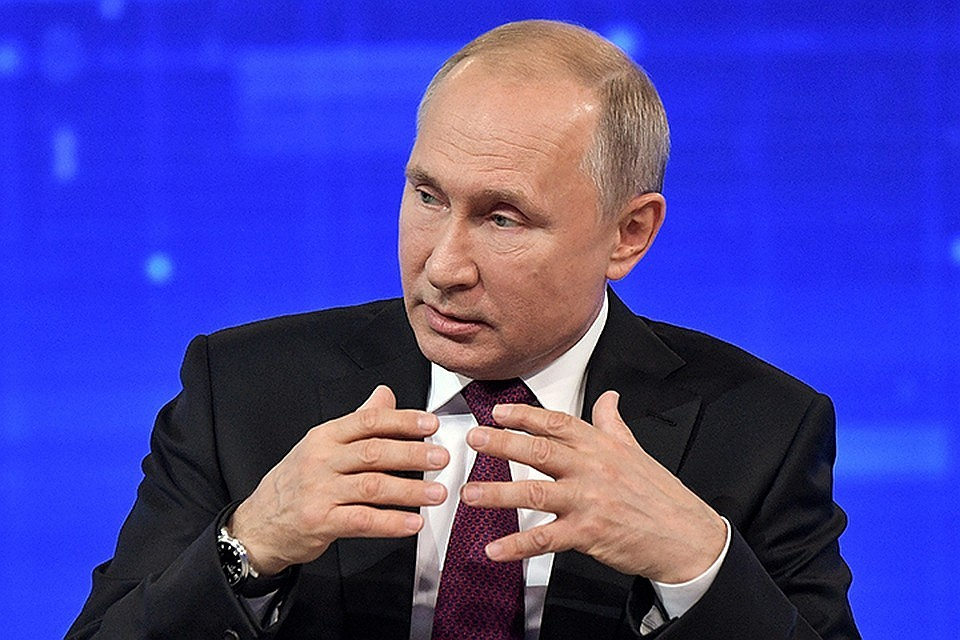 Владимир Путин: Люди по-прежнему недовольны уровнем первичного звена медицины