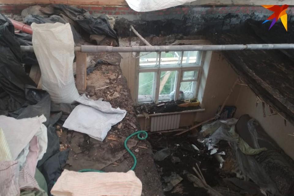 Разрушенная квартира. Теперь коммунальщики соглашаются: тут жить нельзя.